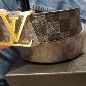 Louis Vuitton Black & Gray Belt 46 / 115 Logo
